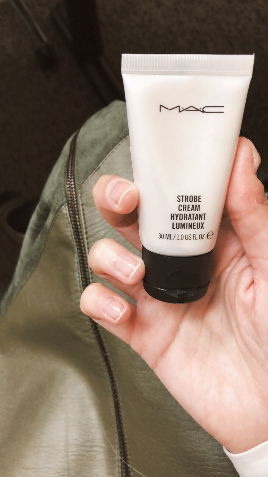 mac strobe hydratant - Beauty tip to die for