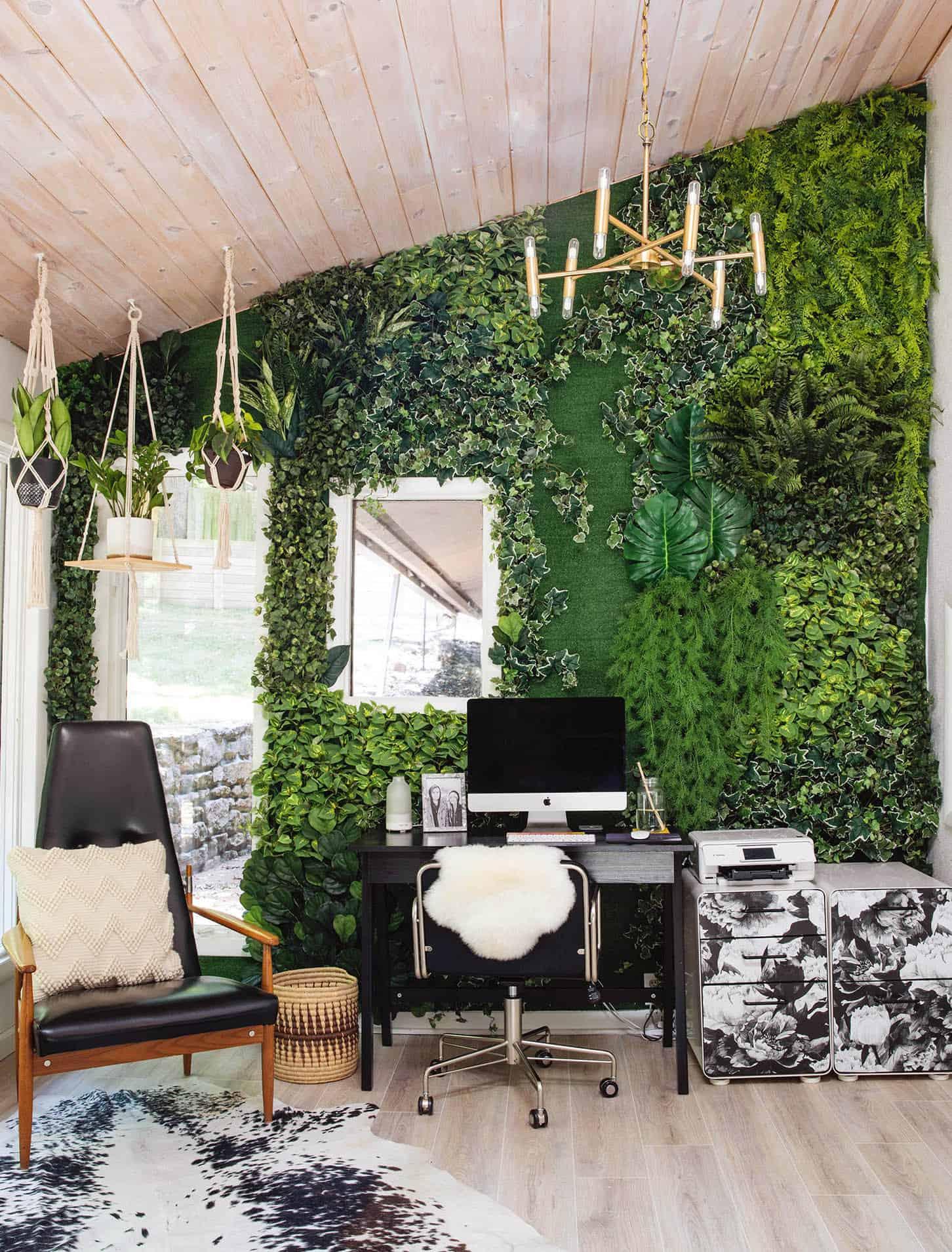 DIY Faux Living Wall - Things We Loved This Week