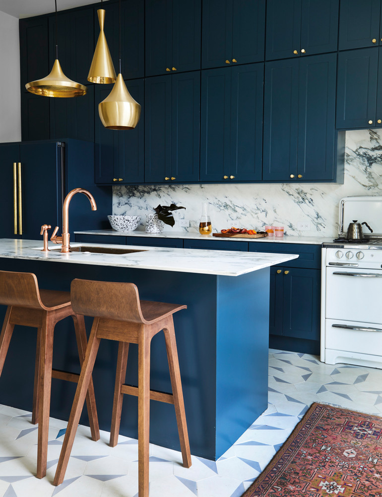 opposites-attract-in-this-artfully-balanced-san-francisco-home-blue-and-brown-and-gold-kitchen-59db8d2cd9b1651460d81c2b-w1000_h1000.jpg
