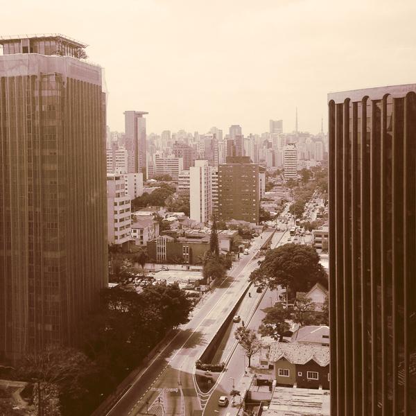 vista+carbono geral - Interview: Mona Sung, Editora de Arte da Editora Carbono