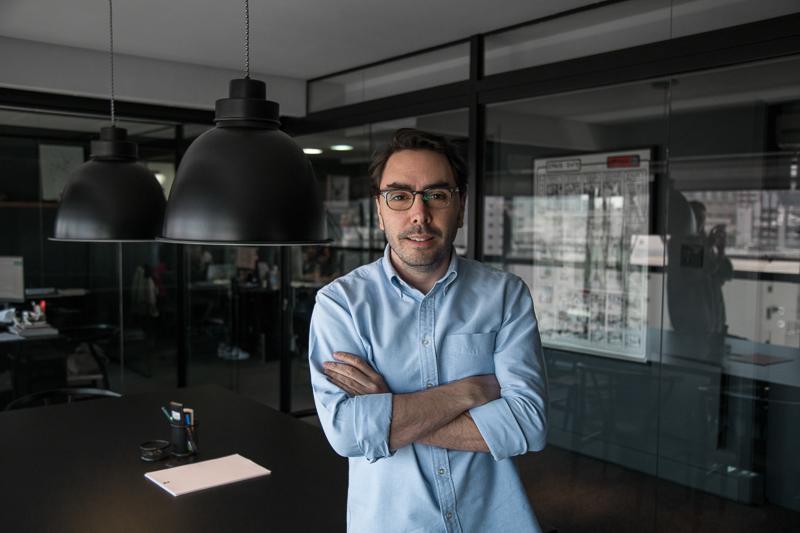0 3 2 - Lolla entrevista: Thiago Costa Rego, Founder do T.Office, uma agência de marketing super cool