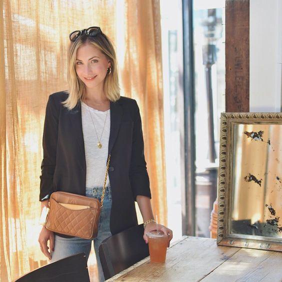 emily schuman - Montando Um Guarda-Roupa Inspirado nas Nossas Girlbosses Favoritas Que Amam Jeans