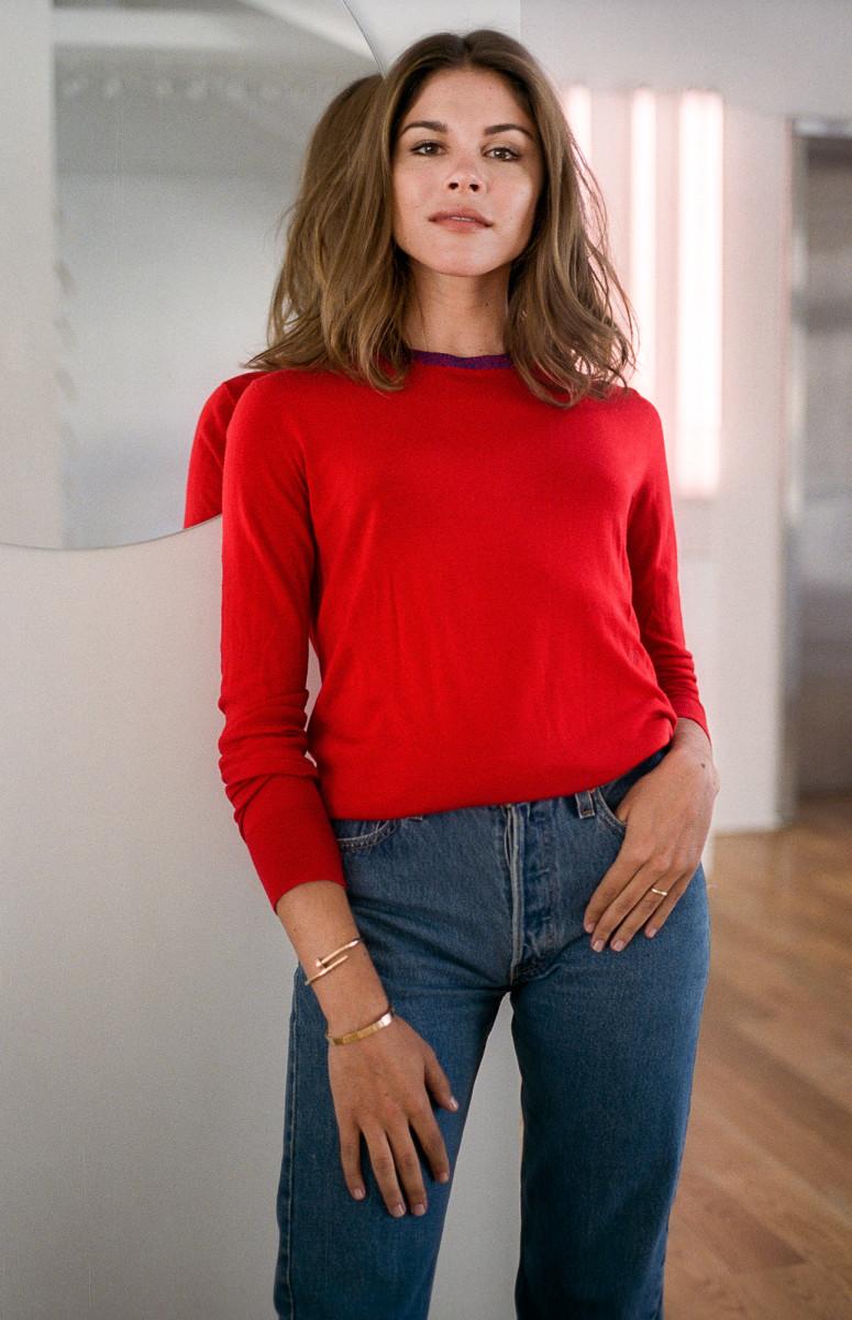 emily weiss - Montando Um Guarda-Roupa Inspirado nas Nossas Girlbosses Favoritas Que Amam Jeans