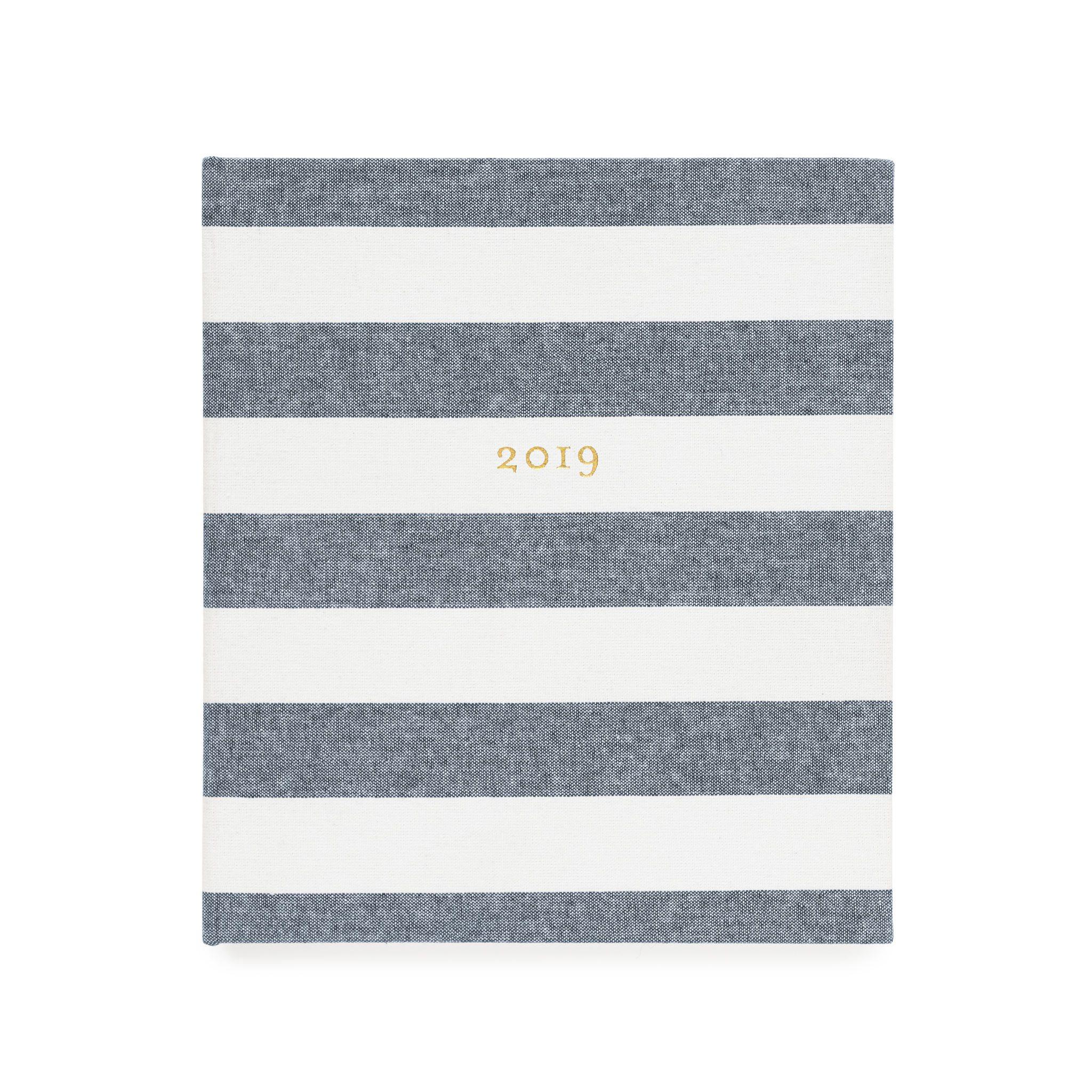 AGENDA11 concealed chambray stripes web 1200x1200%402x - Já escolheu sua agenda para 2019? A gente listou nossos planners preferidos