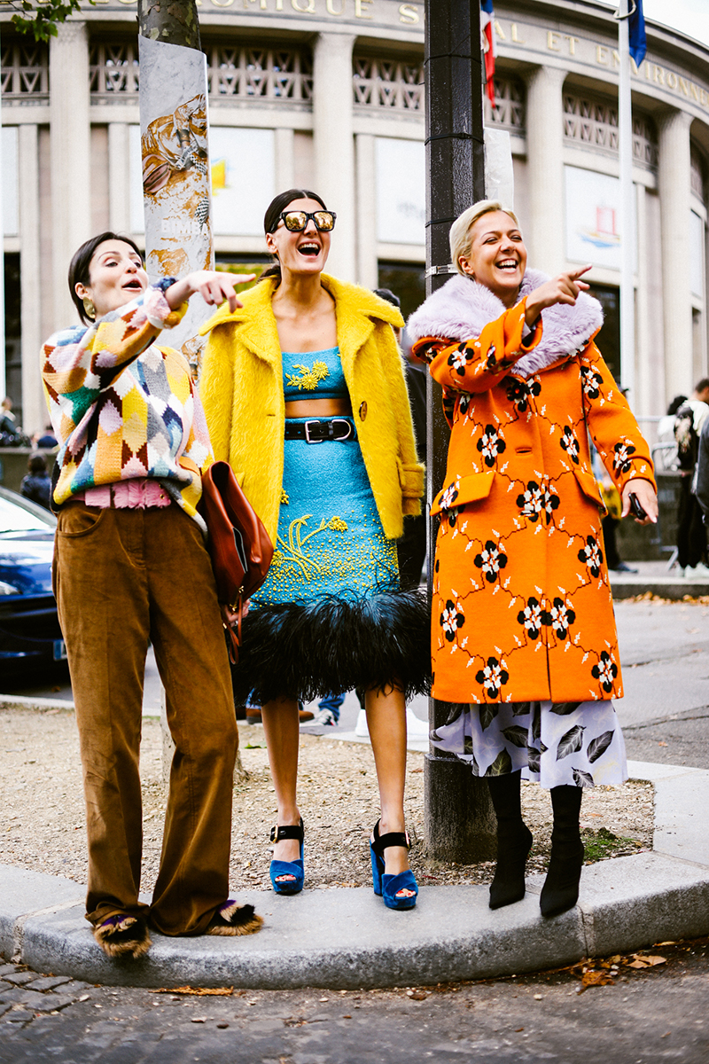 Paris Fashion Week Street Style Lolla - Thoughts on Paris Fashion Week: are blogs coming back?
