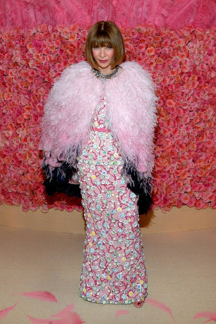 And the Editor of them all, Anna Wintour in Chanel.