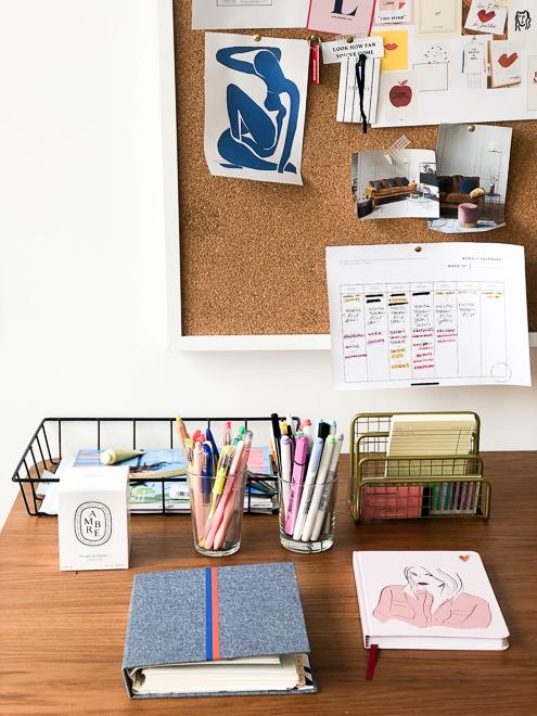mr-lolla-office-decor.jpg
