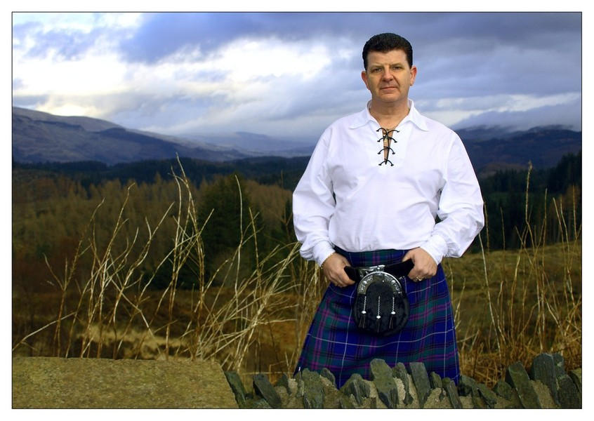 Scottish Show - FOR YOUR ST ANDREWS NIGHT,HOGMANnAY AND RABBIE BURNS night KIRK JAMES WILL PROVIDE YOU WITH A STIRRING NIGHT OF NOSTALGIA AND SOME wonderful NEW SCOTTISH SONGS AND SOME RABBIE BURNS SONGS TO KEEP YOU ENTERTAINED WHILST YER TUCKIN' INTAE YER HAGGIS N NEEPS N TATTIES!