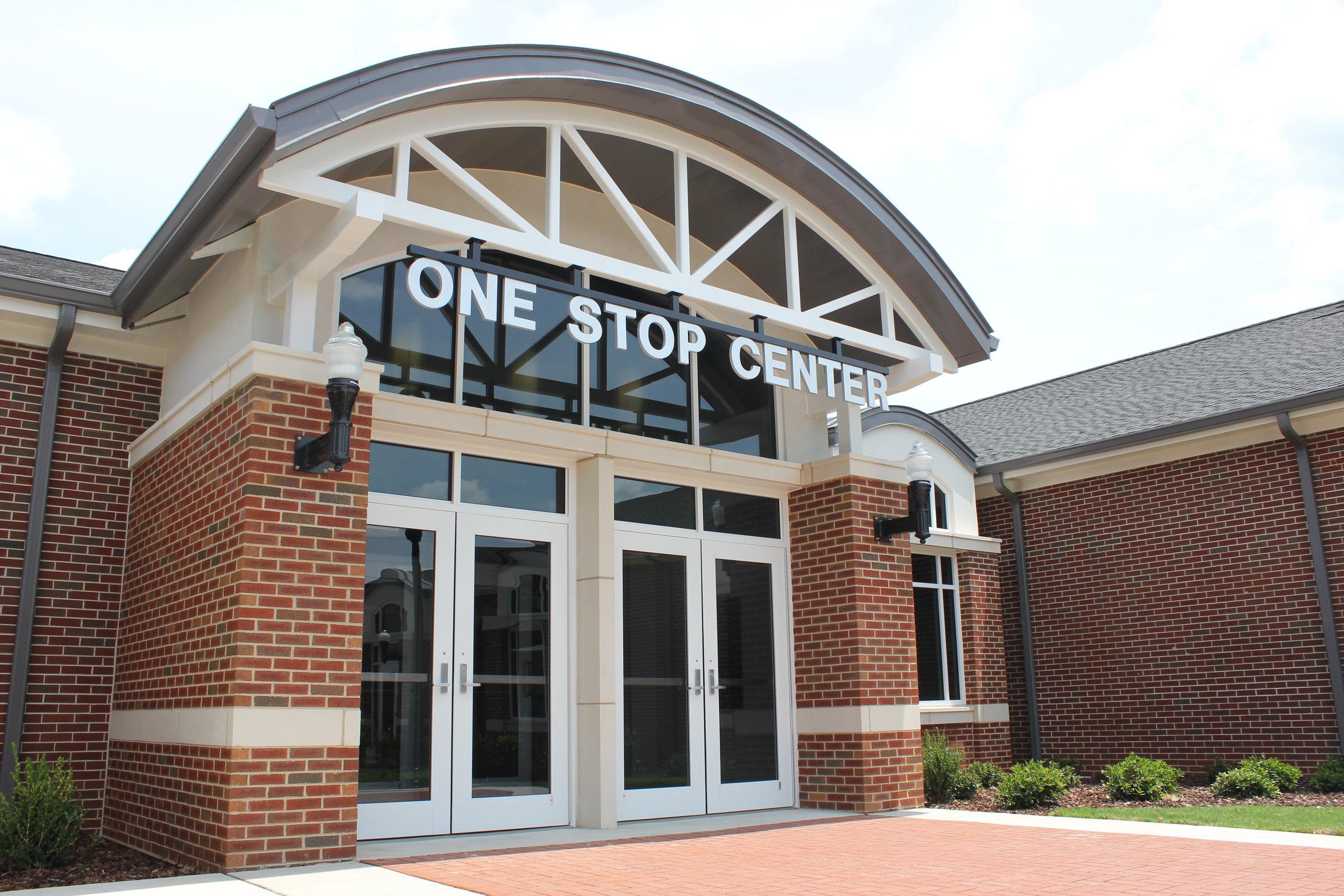 Gadsden State One Stop Center_Photo_Entrance_4.JPG