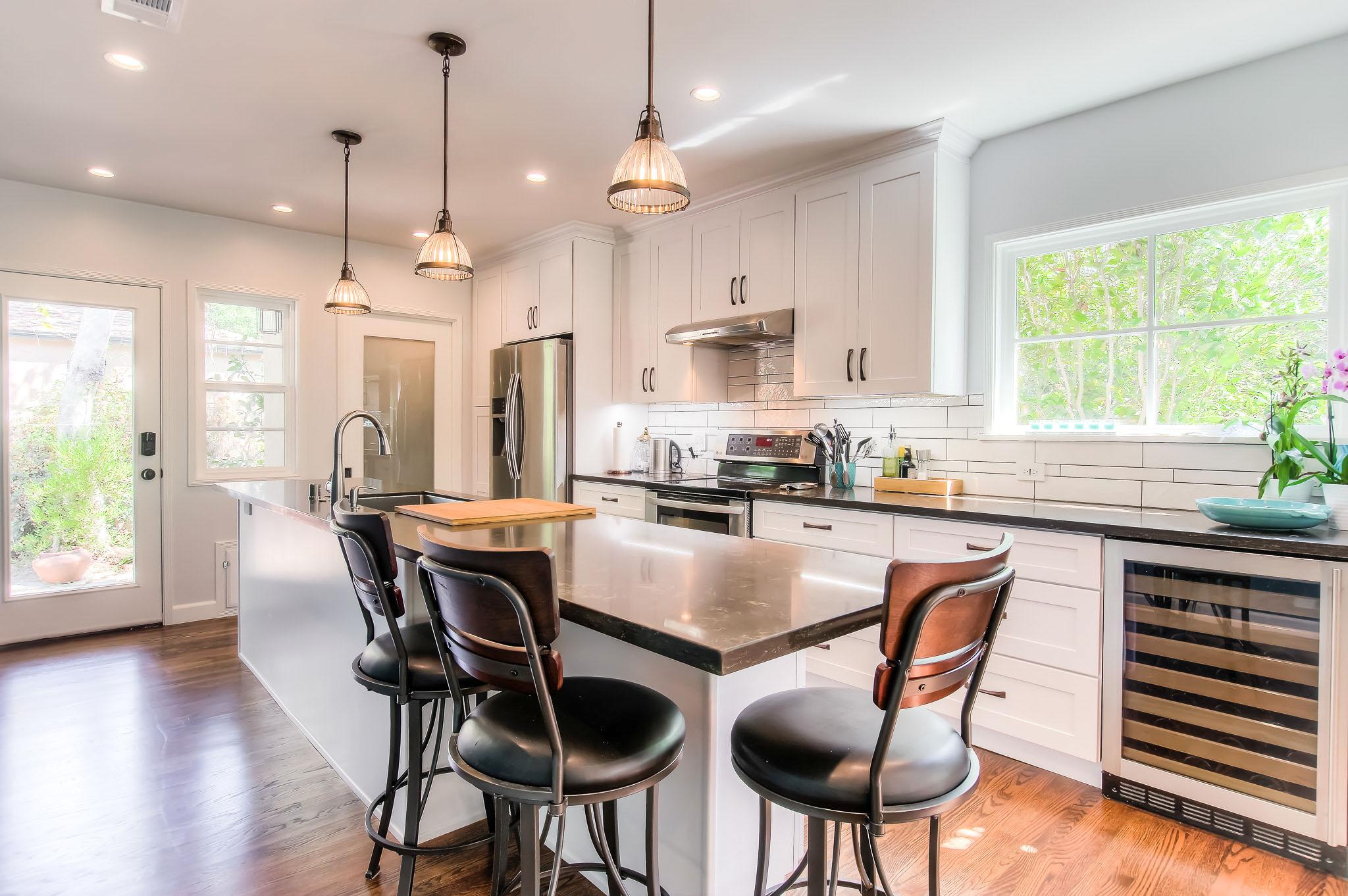 Glendale_new_kitchen_opt.jpg