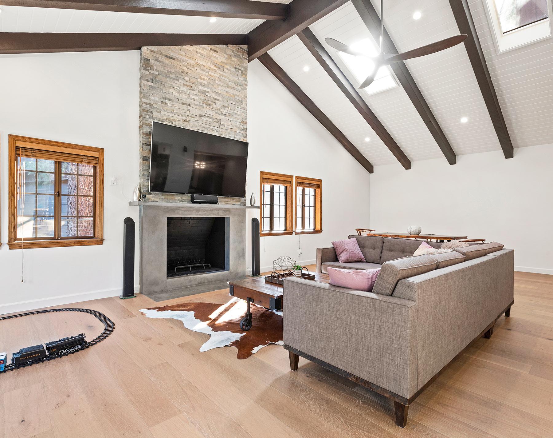 La Canada complete remodel living room 5 SMALL.jpg