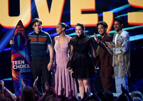 Keiynan Lonsdale (far right) wearing Hardeman at the Teen Choice Awards