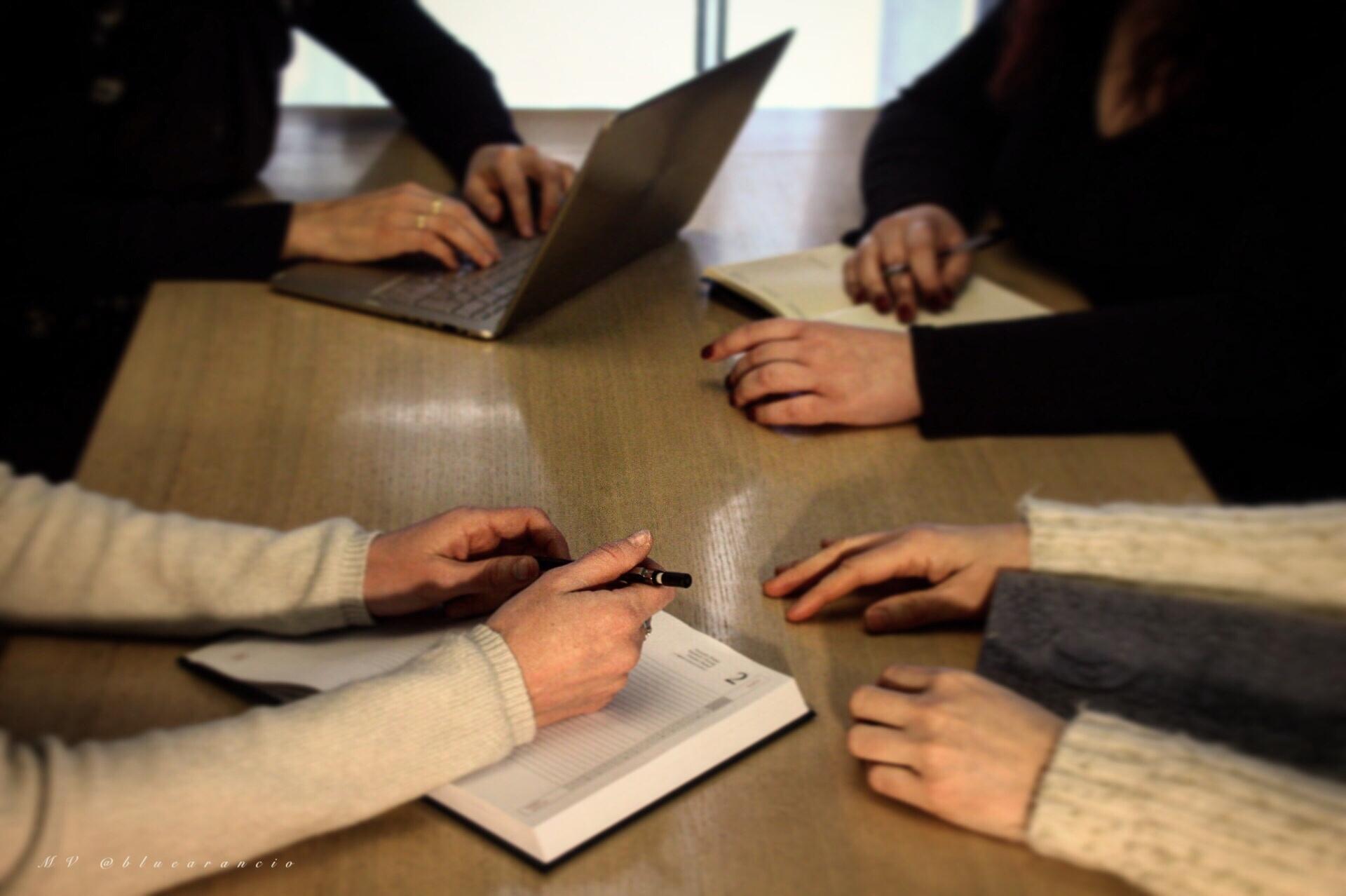 Chi siamo - Siamo un gruppo di psicologhe, psicoterapeute che collaborano con diversi professionisti ...