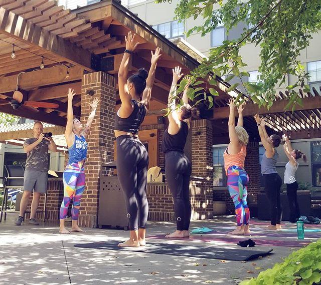 @axiomproductionskc Shooting our yoga class this morning at @marketstationrivermarket 💙