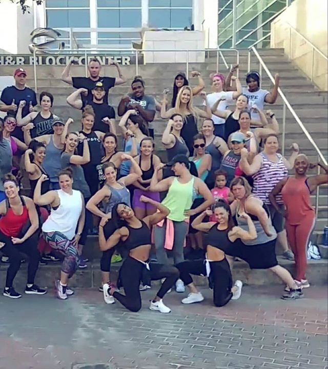 Voting has begun!! Please, click the link in our bio to support us in the running for KC's Best Bootcamp AND Best Personal Trainer! We appreciate you all so much for getting us on the ballot. Now it's time to take it to take this thang home 💪💙🙌