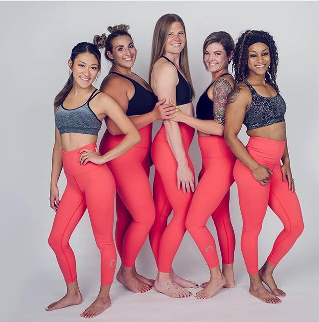 The corals though 🔥 don't forget to use code YPGFLEXY at checkout for a little somethin' somethin' . . Also, if you haven't voted, click the link in our bio to vote for best bootcamp AND best trainer of 2019!! Love and appreciate you all 🥰