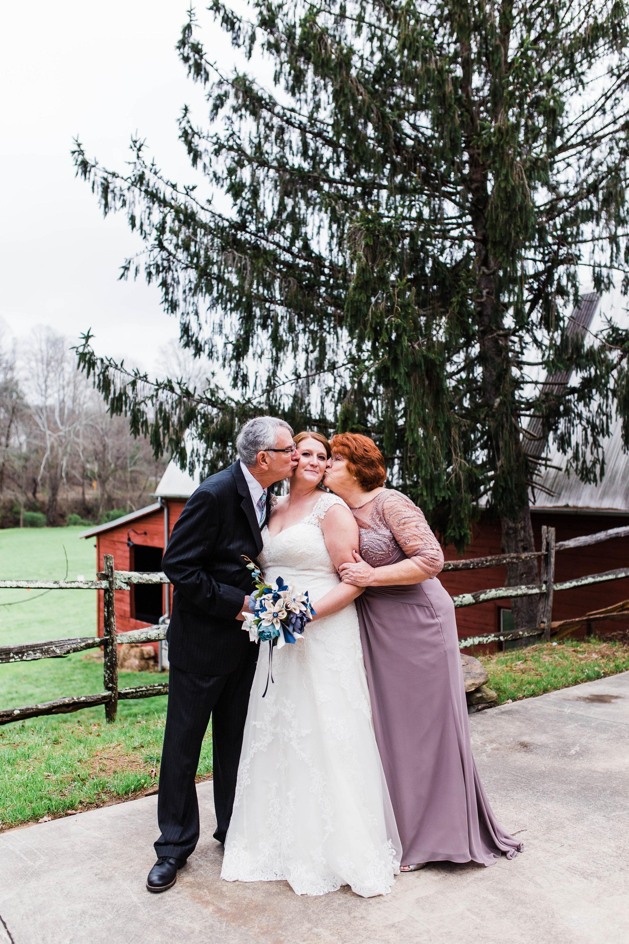 Honeysuckle-Hill-Weddings-Andrew-Rachel-59.jpg