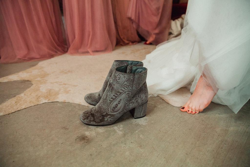 Honeysuckle-Hill-Weddings-Mallory-Patrick-26.jpg