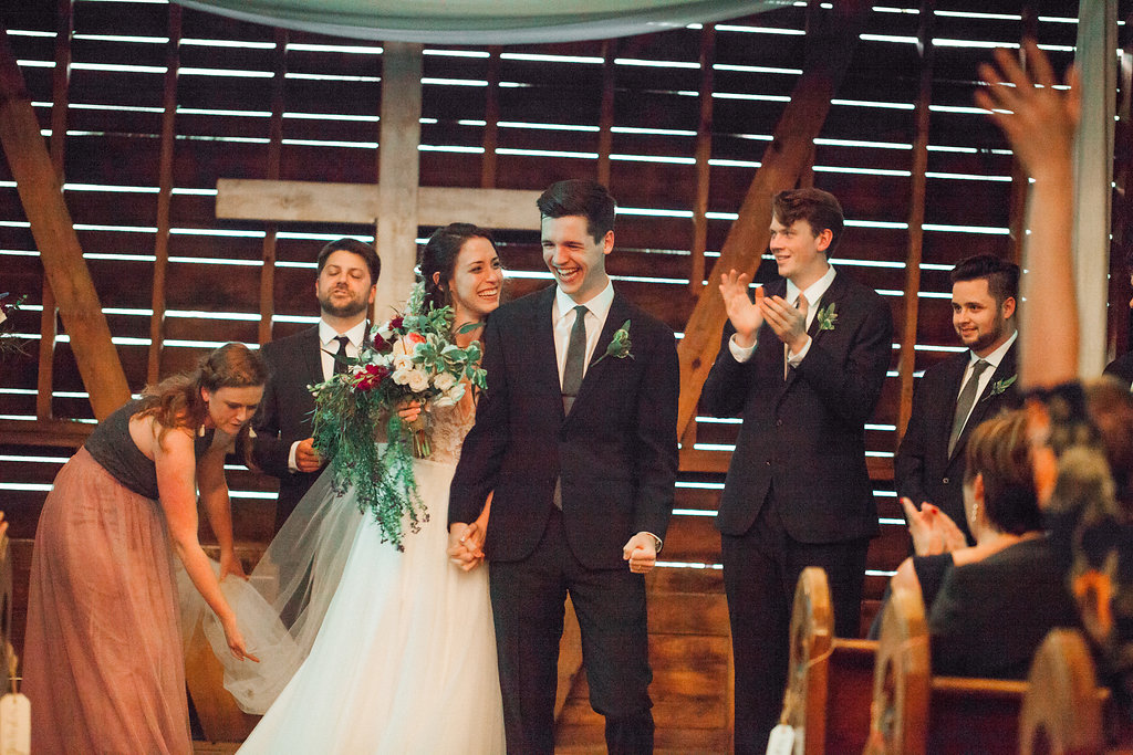 Honeysuckle-Hill-Weddings-Mallory-Patrick-98.jpg