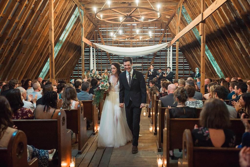 Honeysuckle-Hill-Weddings-Mallory-Patrick-99.jpg