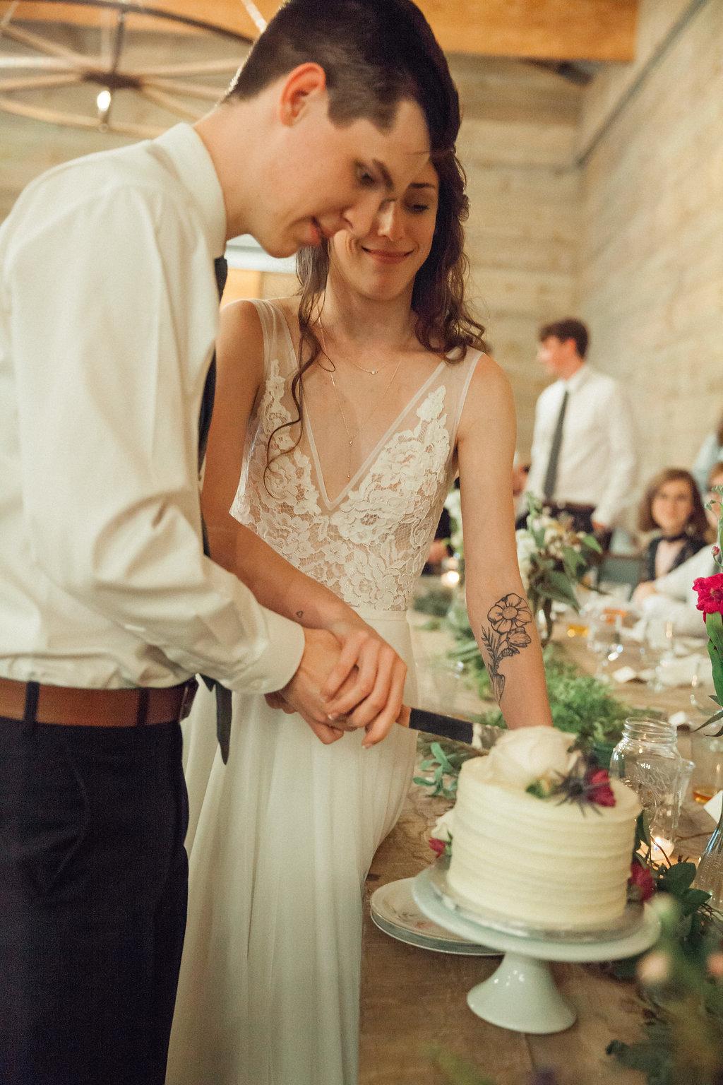 Honeysuckle-Hill-Weddings-Mallory-Patrick-113.jpg