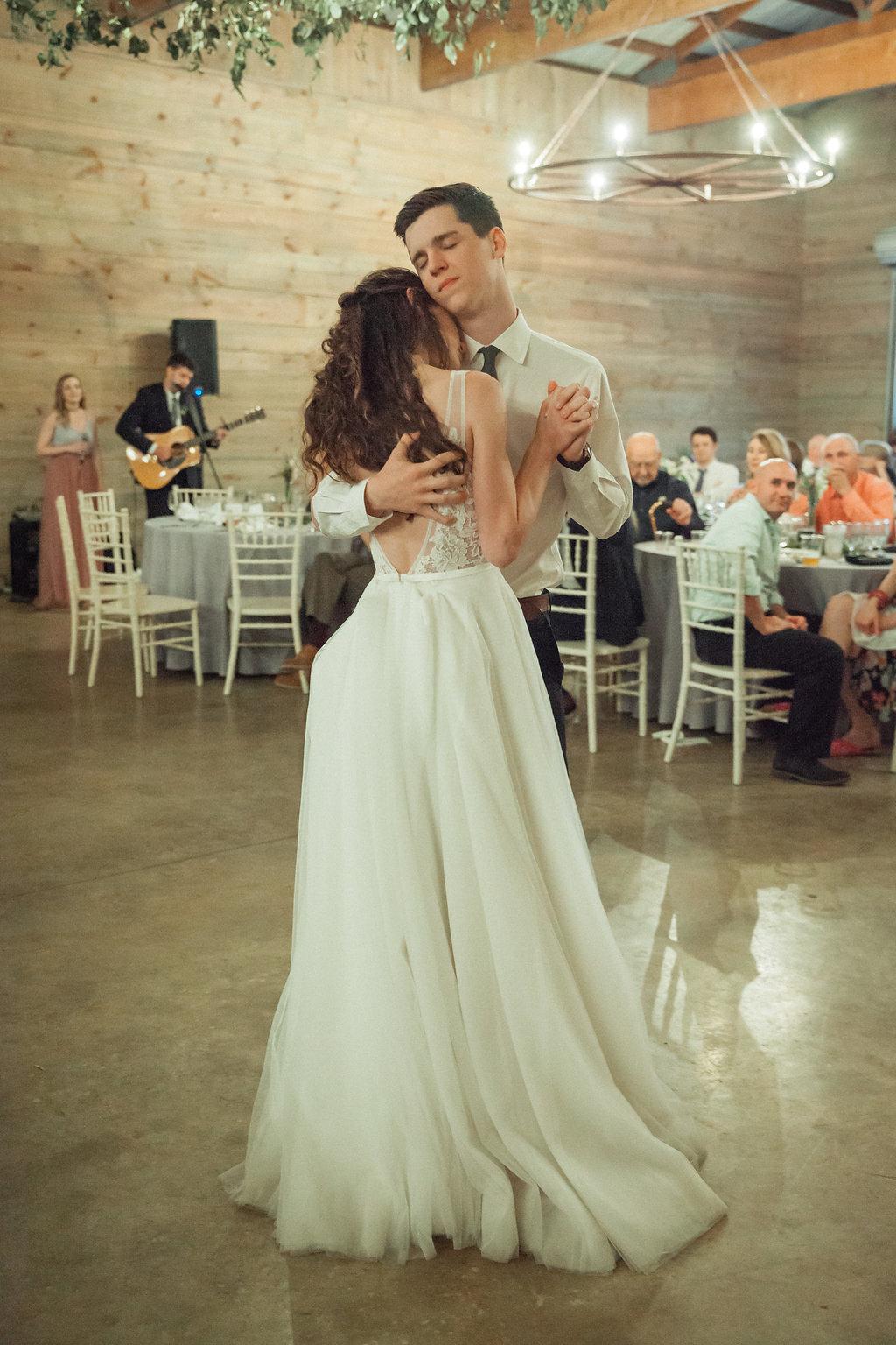 Honeysuckle-Hill-Weddings-Mallory-Patrick-117.jpg