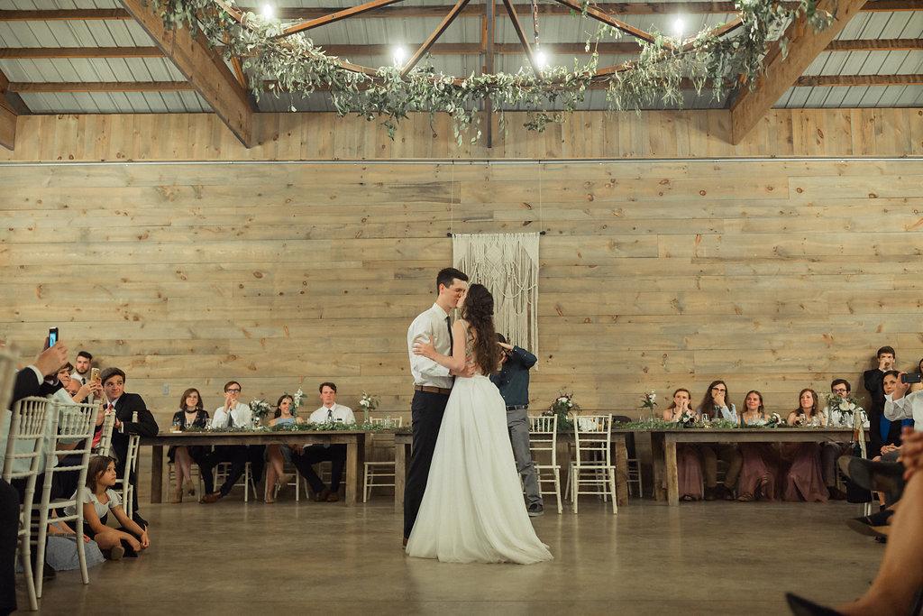 Honeysuckle-Hill-Weddings-Mallory-Patrick-120.jpg