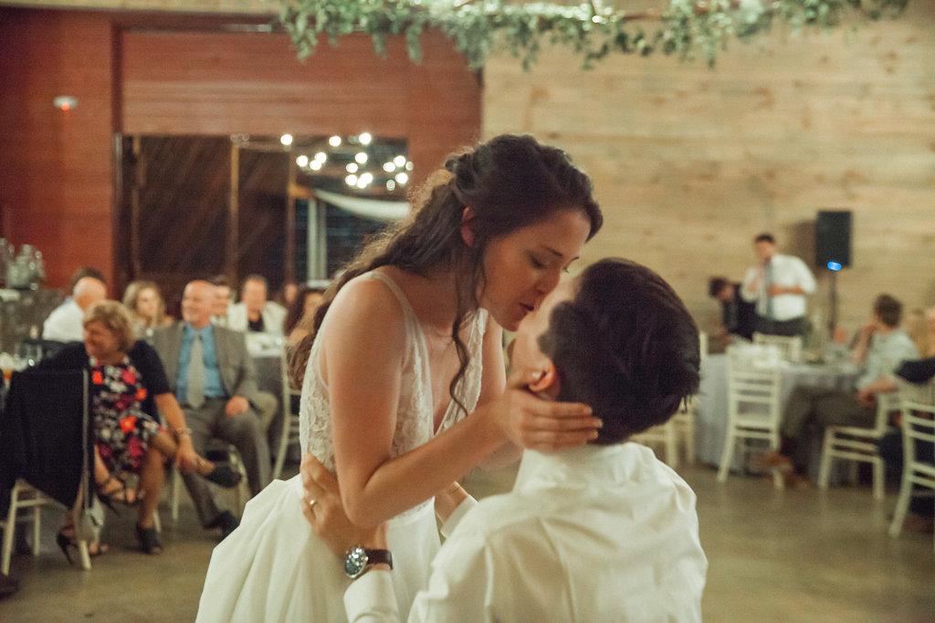 Honeysuckle-Hill-Weddings-Mallory-Patrick-122.jpg