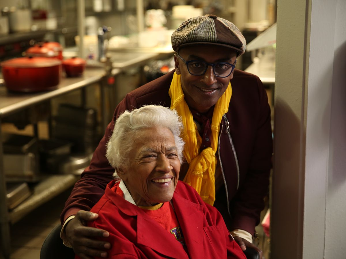 Chefs Leah Chase and Marcus Samuelsson. Photo via Eater.com