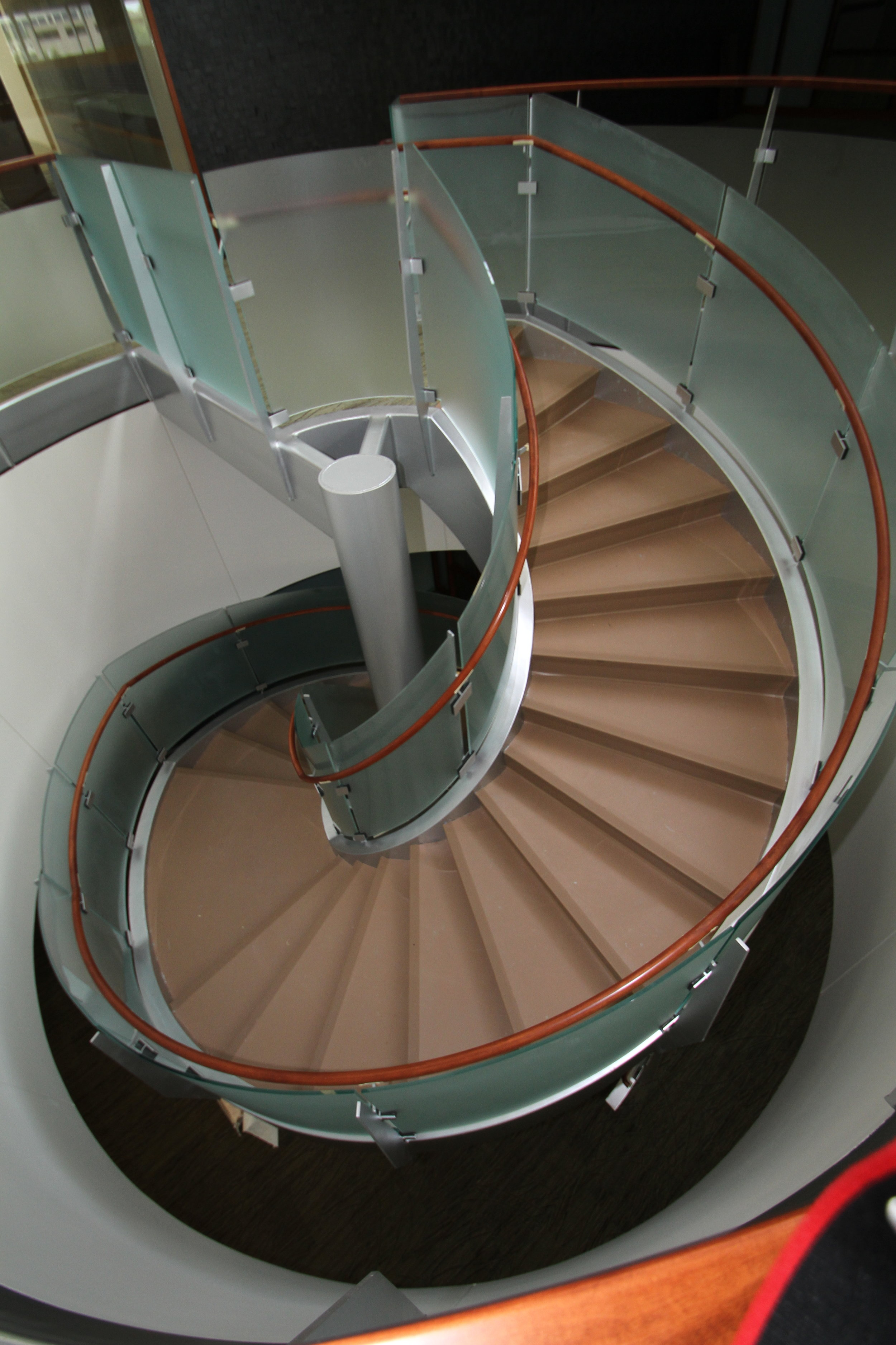 City Glass_Staircase_Farm Credit Services 3.JPG