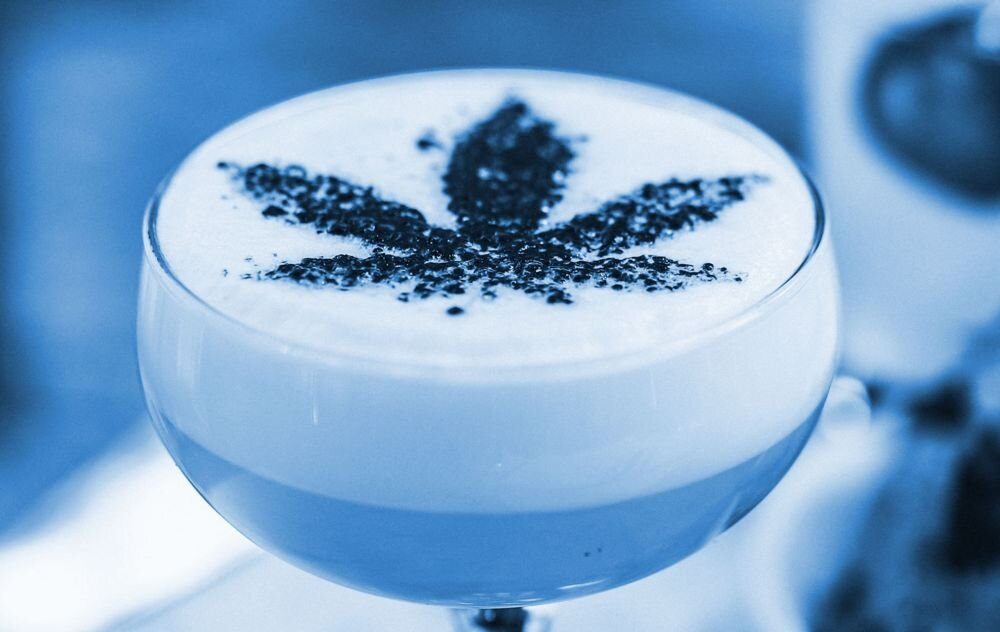 interest-cannabis-beverages-higher-in-america-cannabis-community-maru-blue.jpeg