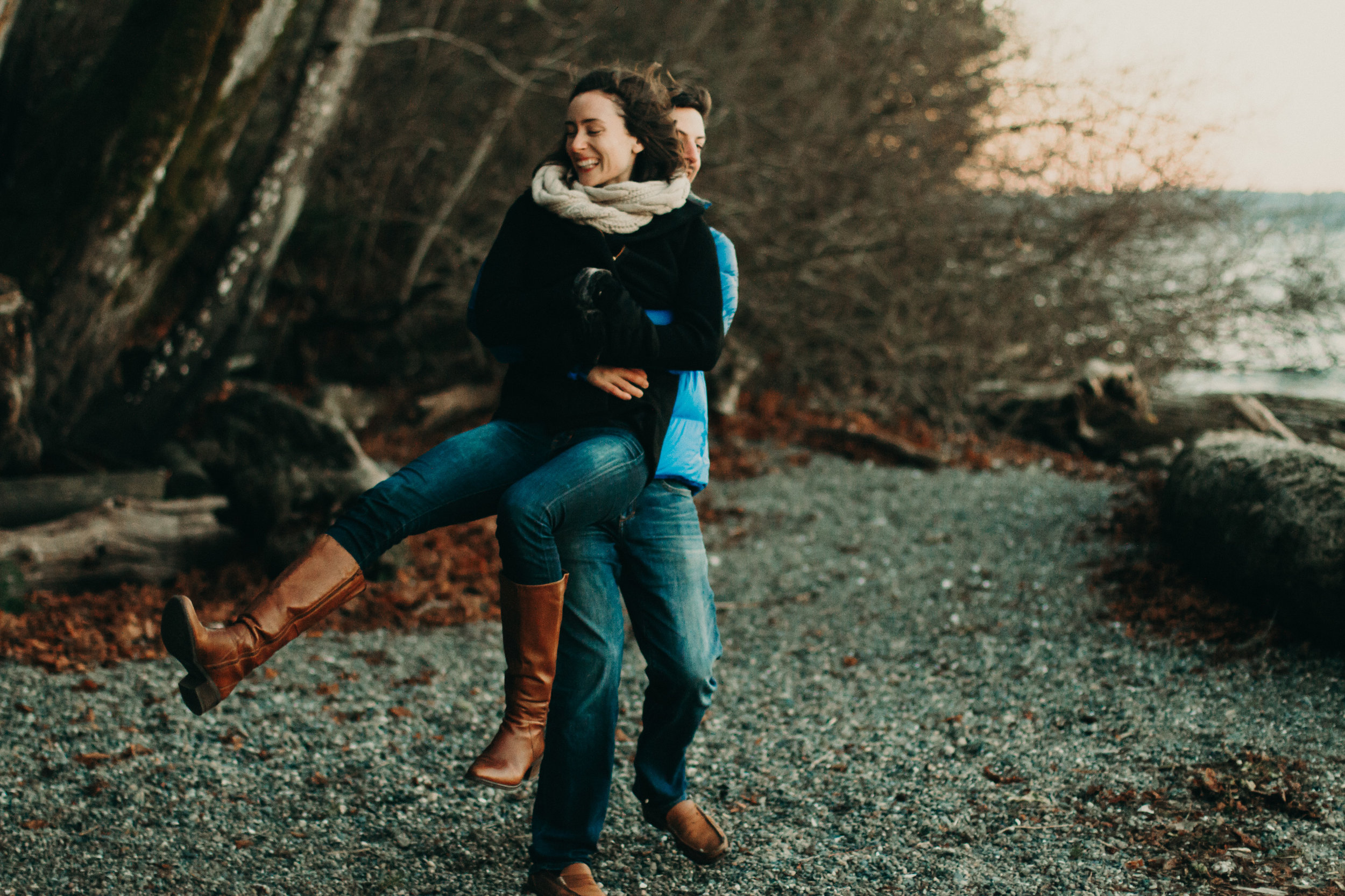 JESSICA + JEFF - Sunrise engagement in Seattle, WA