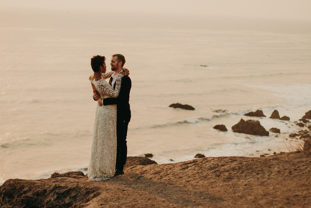 malibu-beach-elopement-fall-adventure-jennycollen.jpg