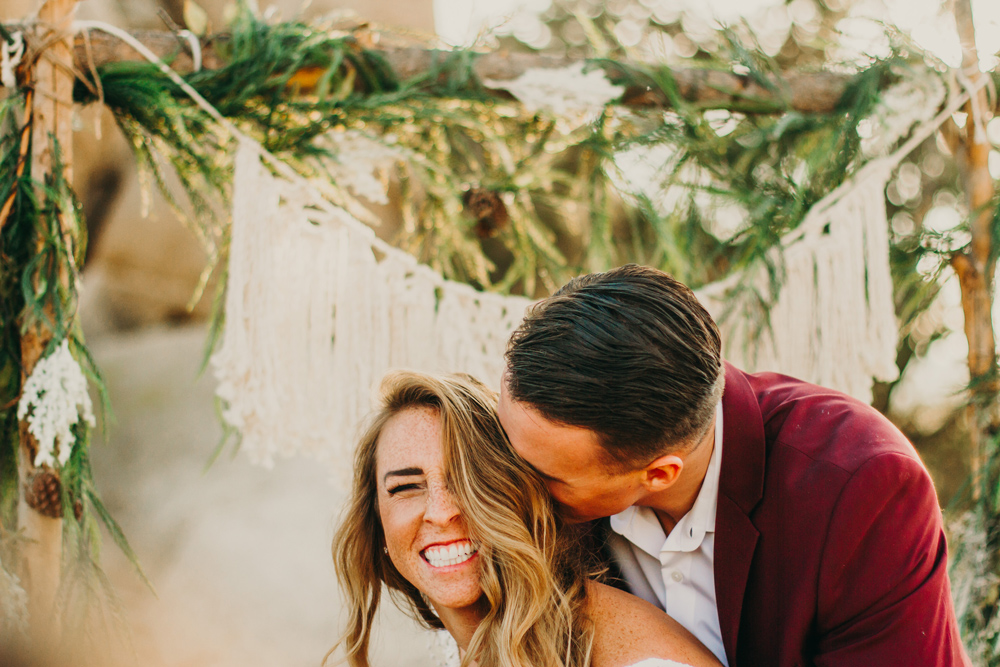 joshua-tree-elopement-california-jenny-collen.jpg