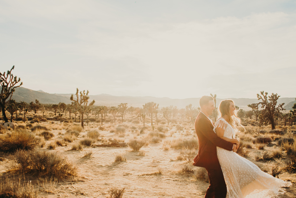 desert-elopement-sunset-los-angeles-photographer.jpg