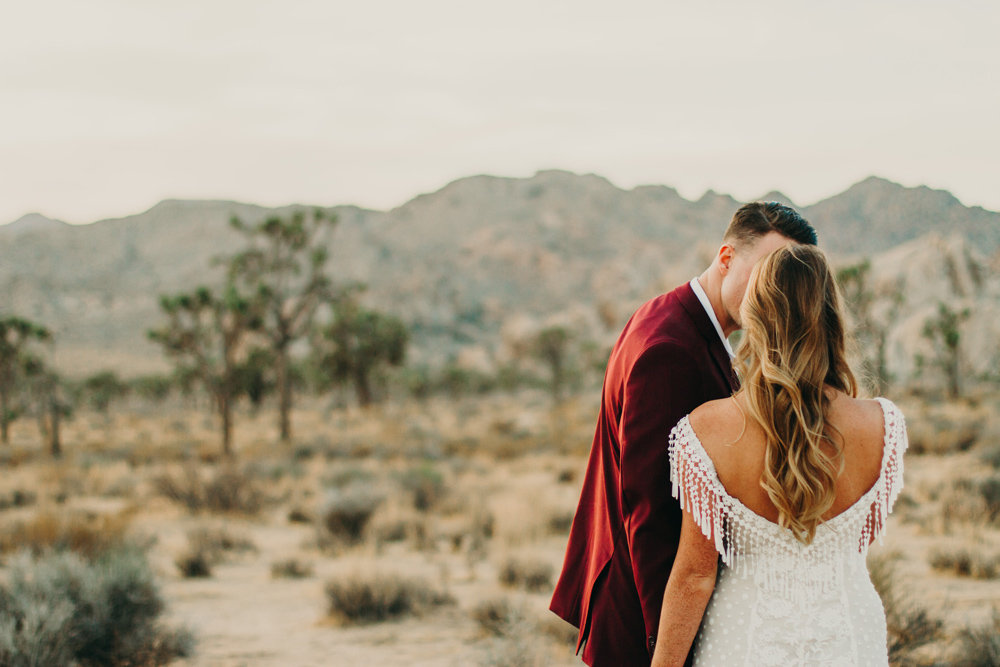 adventurous-desert-elopement-in-joshua-tree.jpg