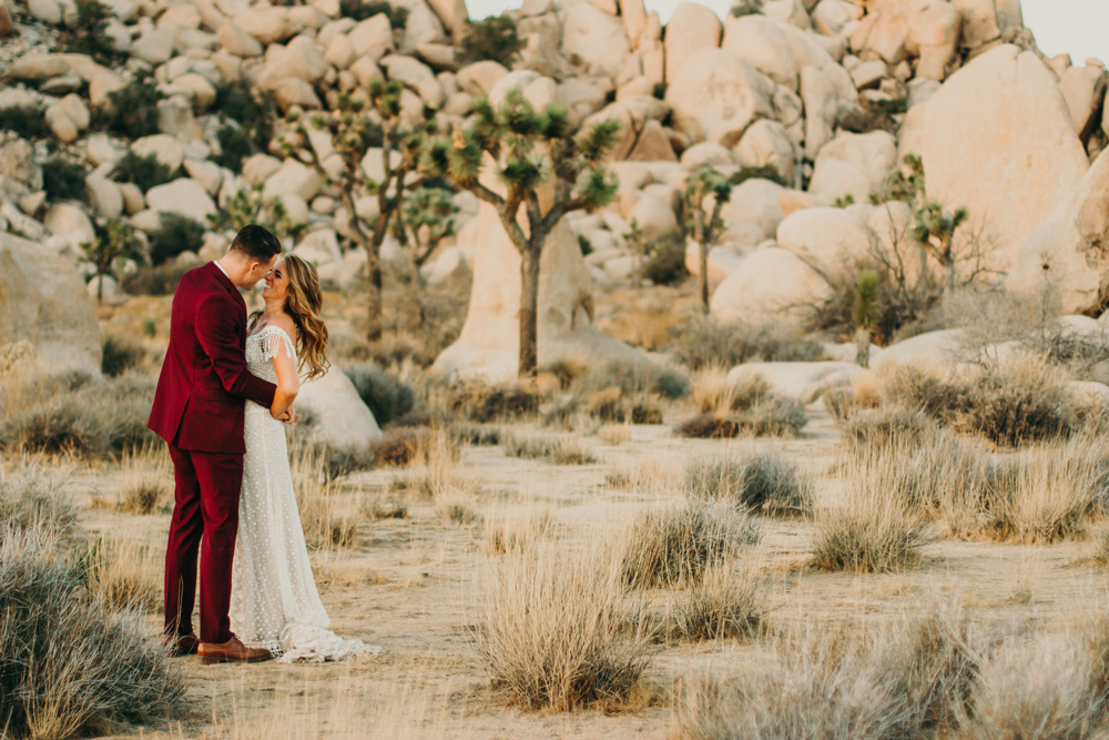 joshua-tree-elopement-adventure-jenny-collen-photography.jpg