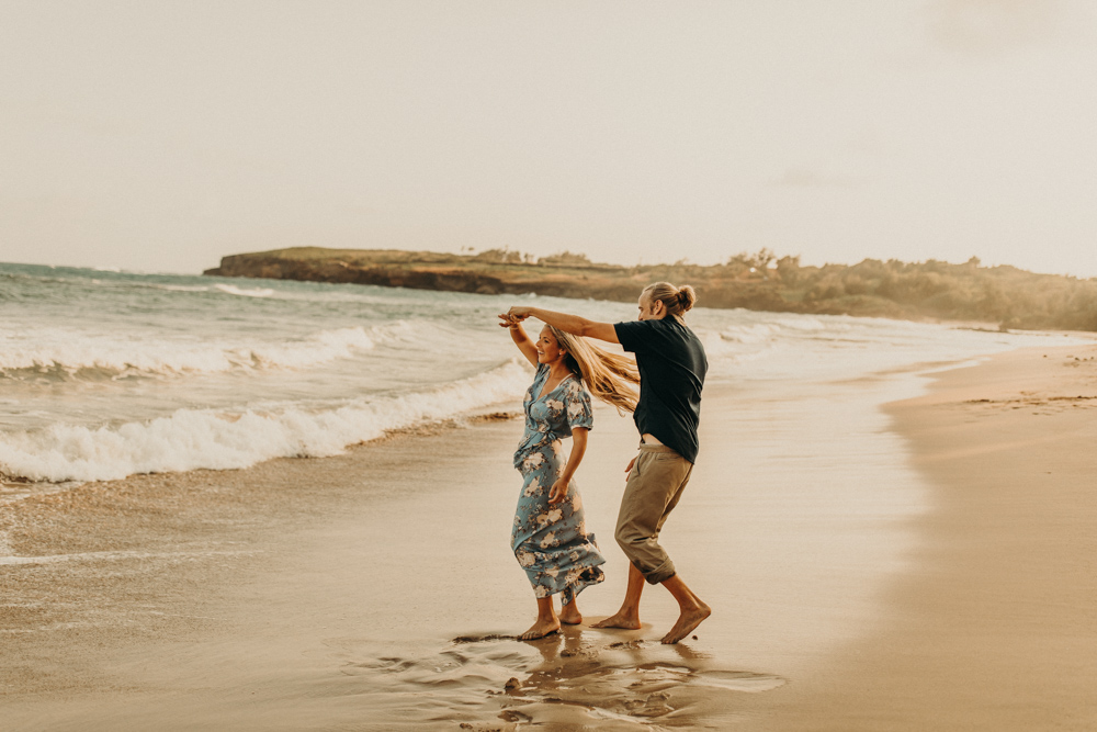 kauai-hawaii-beach-engagement-wedding-photography-20180702-079A0705.jpg