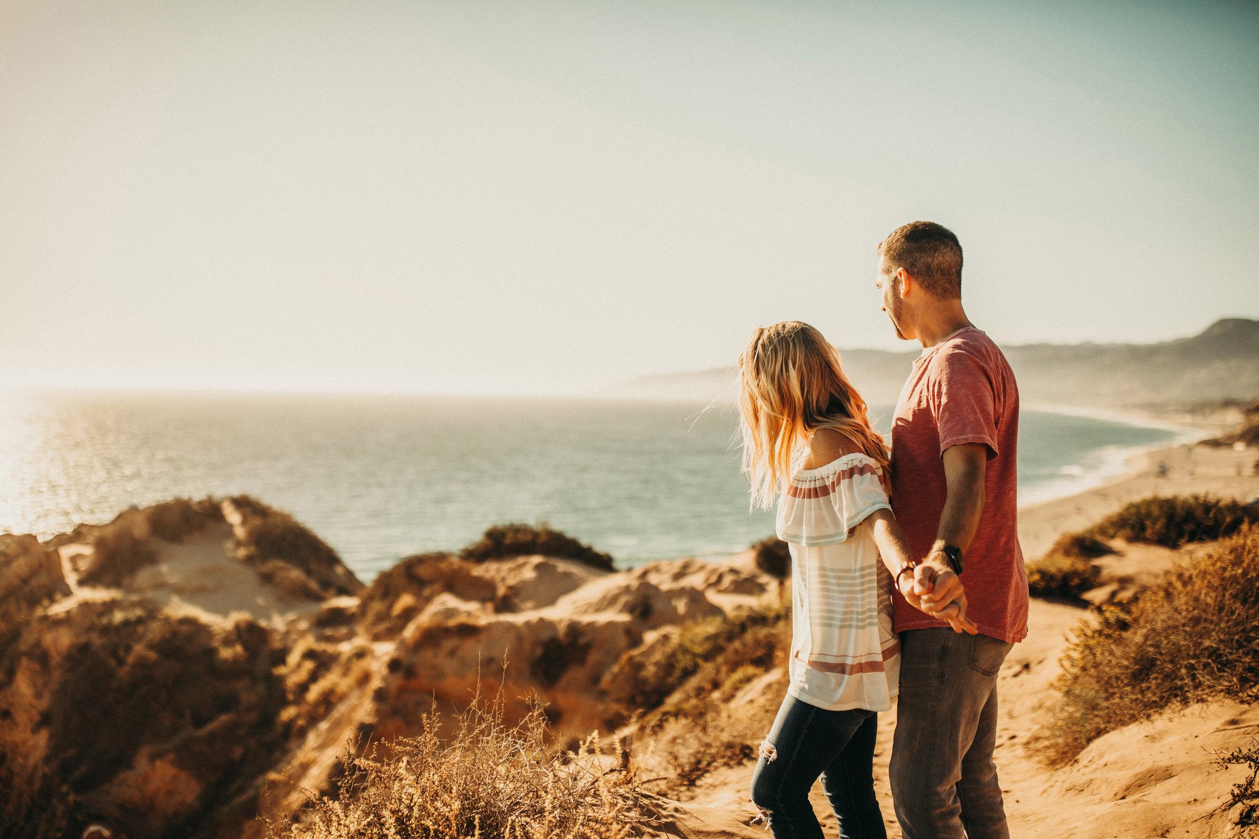 point-dume-anniversary-shoot-malibu-california-lifestyle