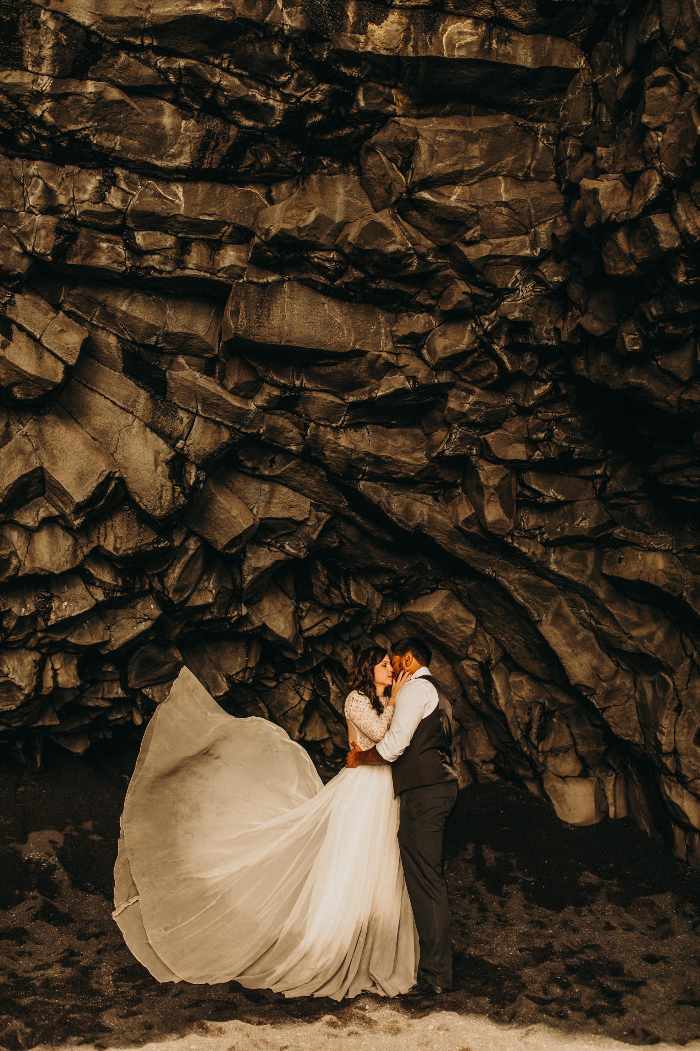 iceland-elopement-black-sand-beach-cave