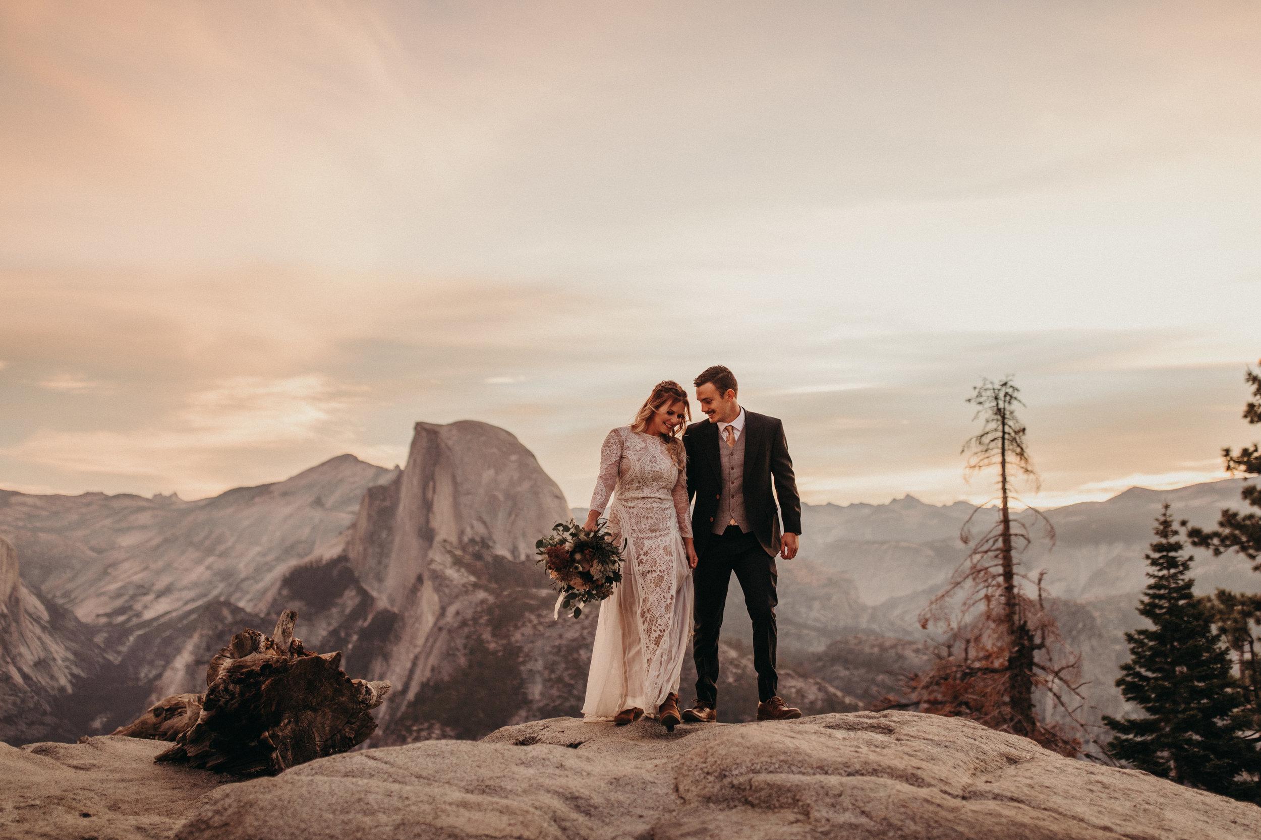 LINDSAY + NOLON - Sunrise elopement in Yosemite