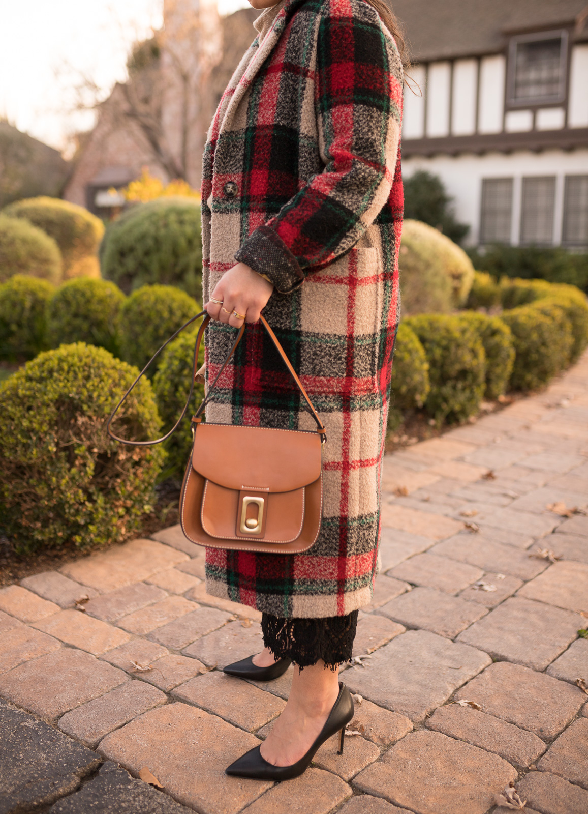 Plaid Coat & black pumps