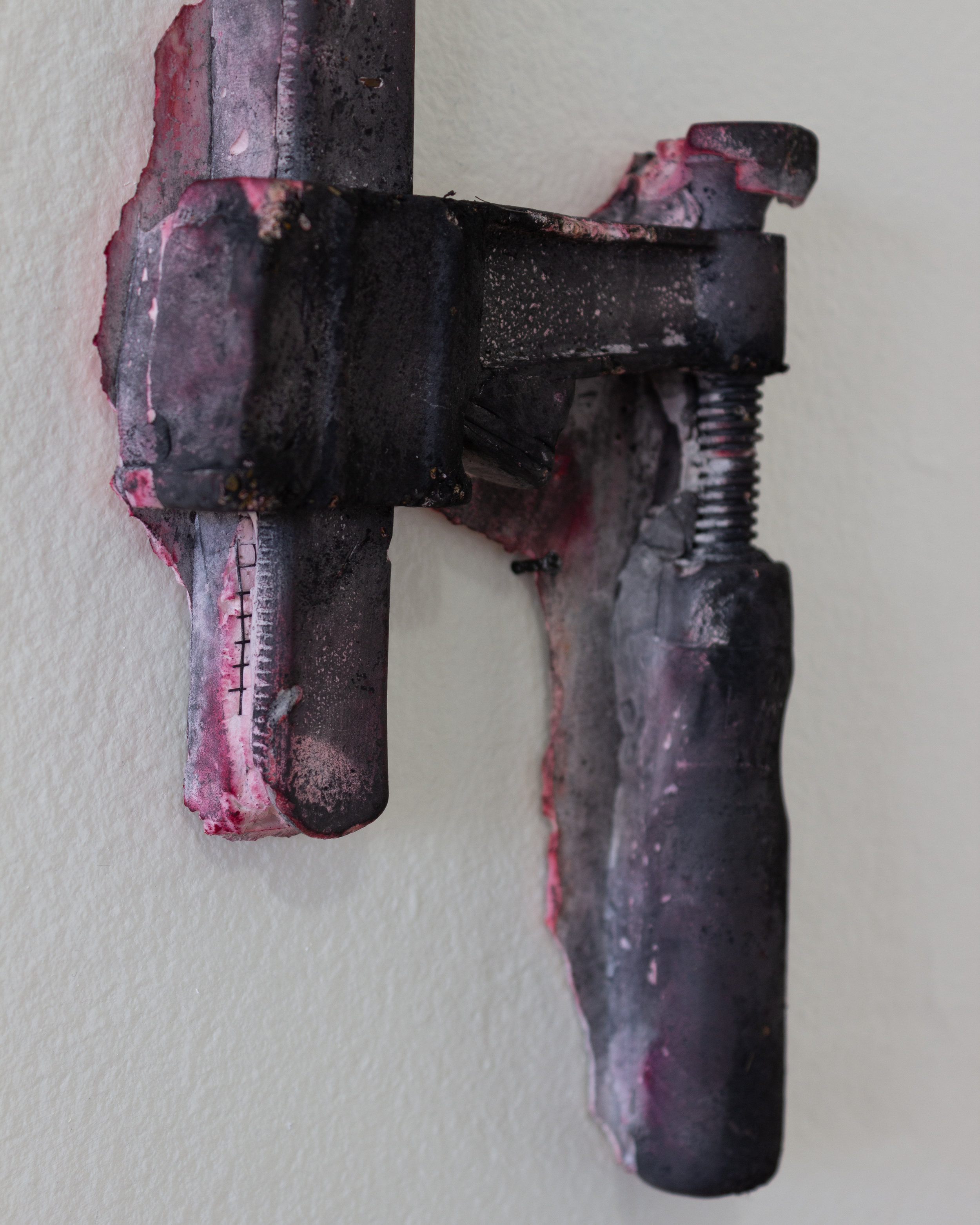 Cathy Hsiao,  Clamp (3) , 2019, Concrete, plant dye, silicone, 16 x 5 in. (Detail)