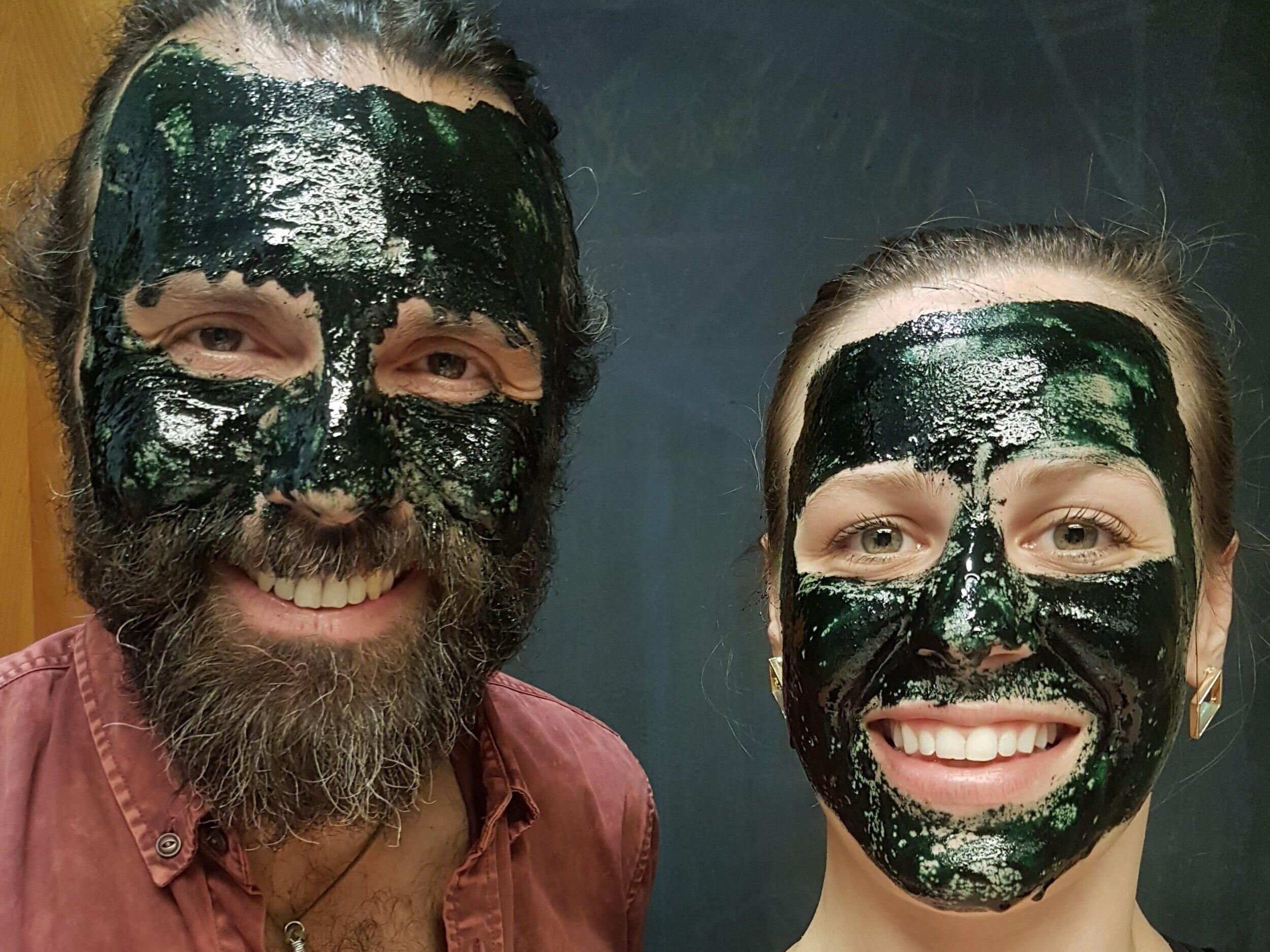 DIY+Spirulina+Face+Mask.jpg