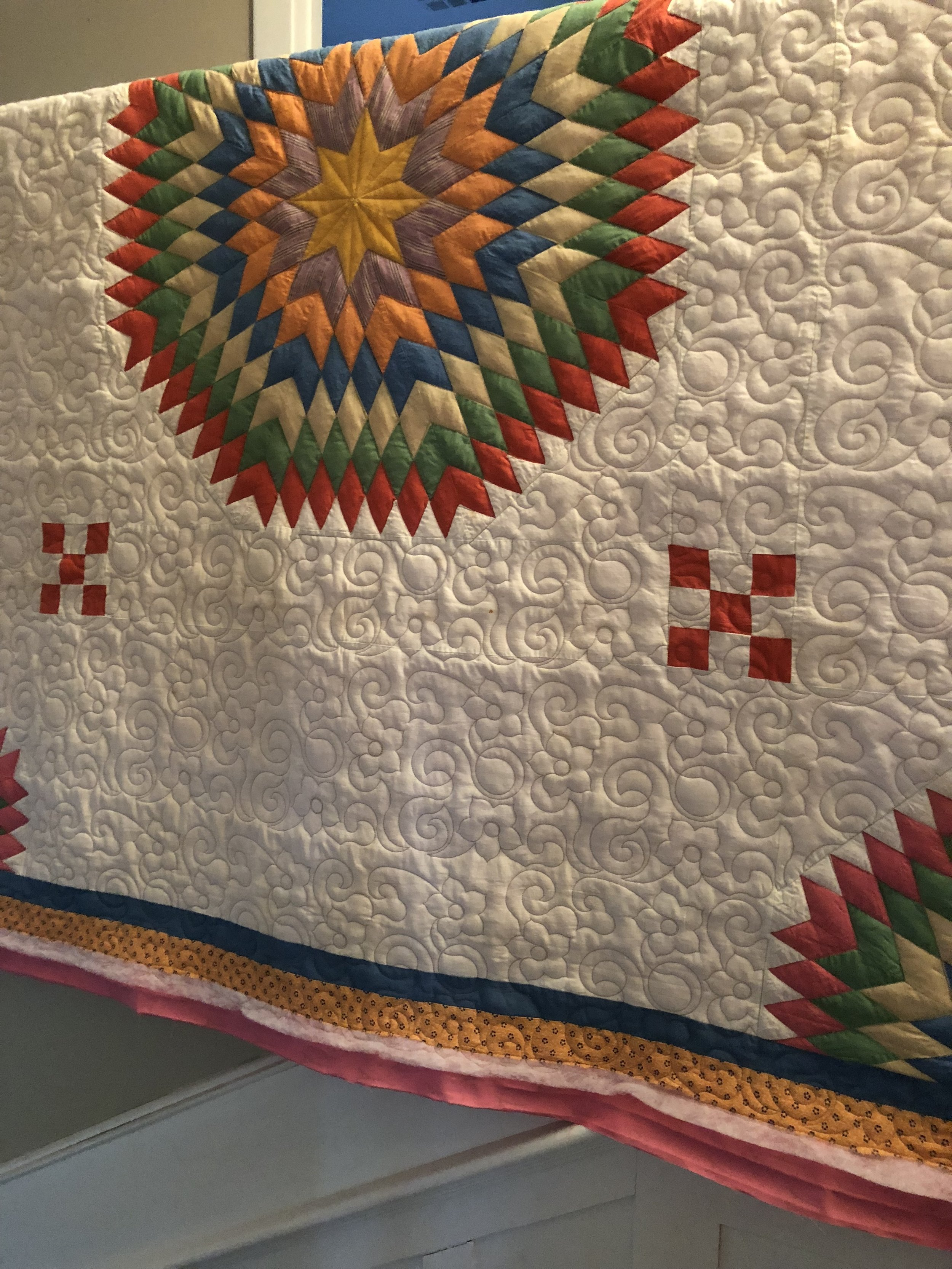 Gussie's Quilt: Ruler work and Pantos.