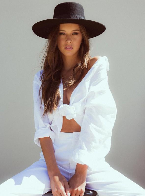 Elle Linen Shirt.jpg