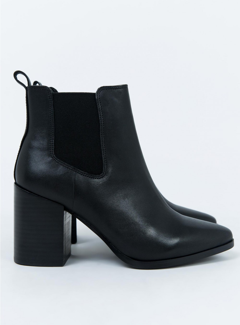 WINDSOR SMITH FRAN BOOTS BLACK .jpg