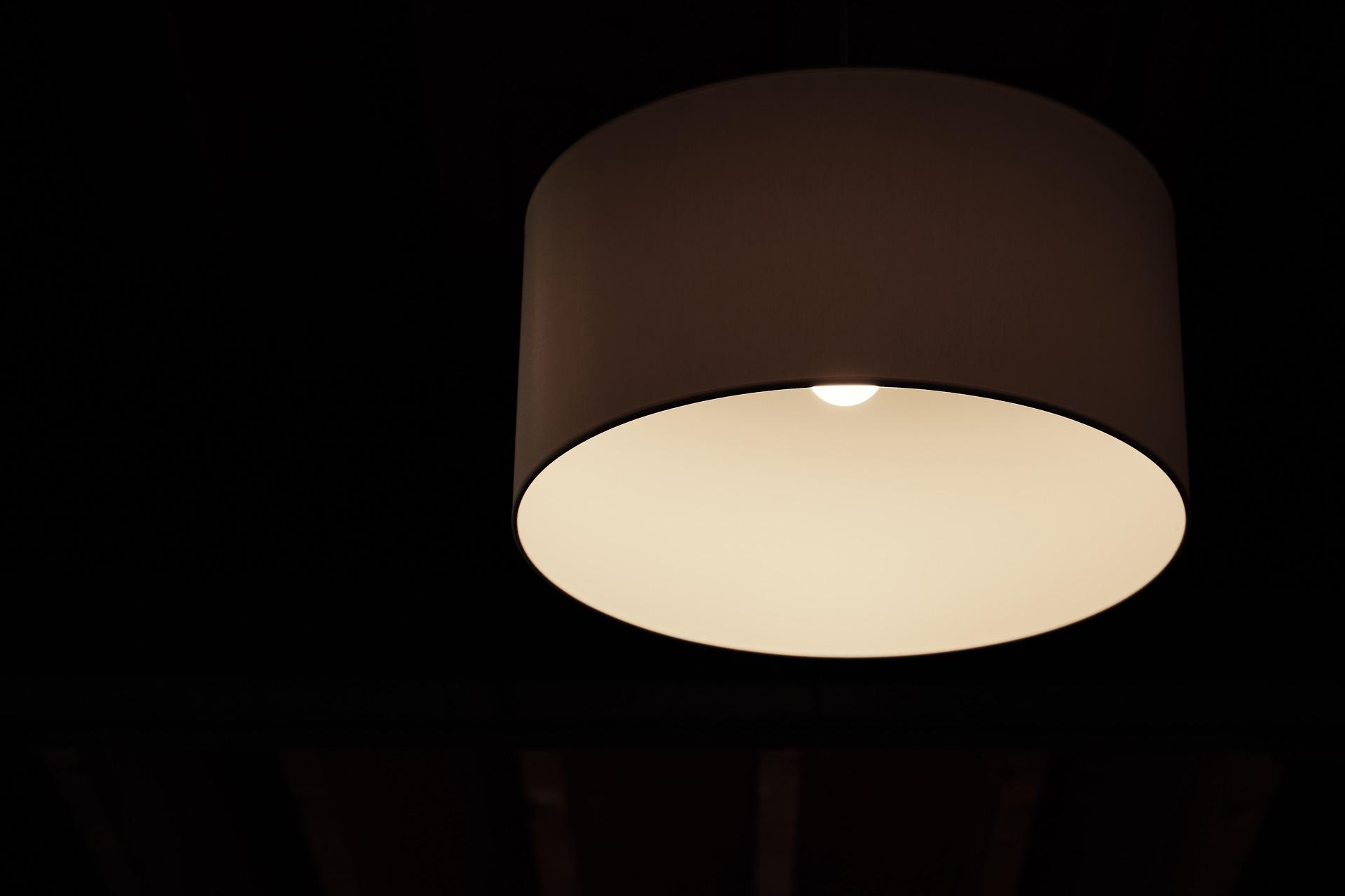 light-2469093_1920.jpg