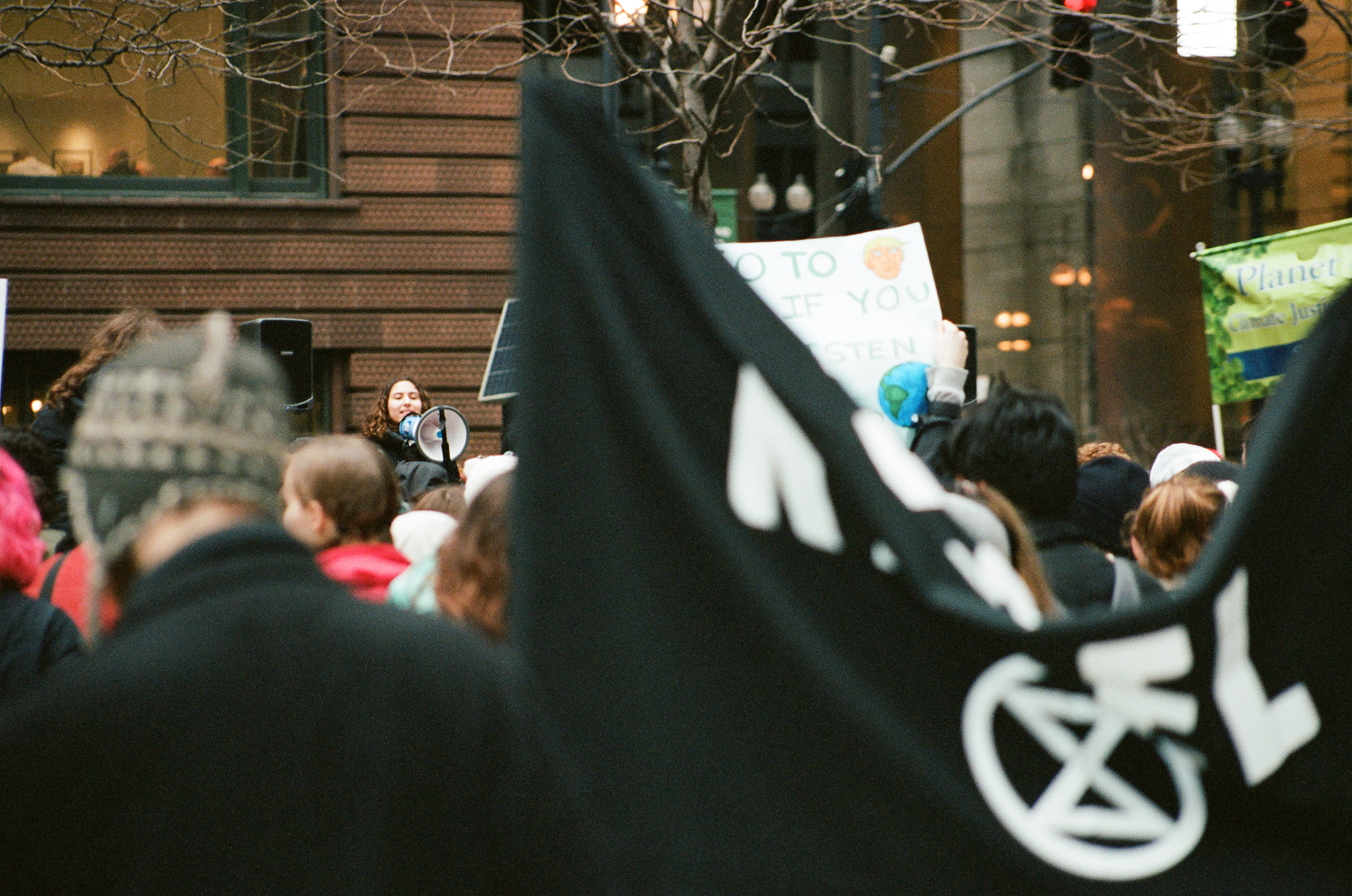 Extinction Rebellion Chicago demonstrating in solidarity with Youth Climate Strike on March 15, 2019