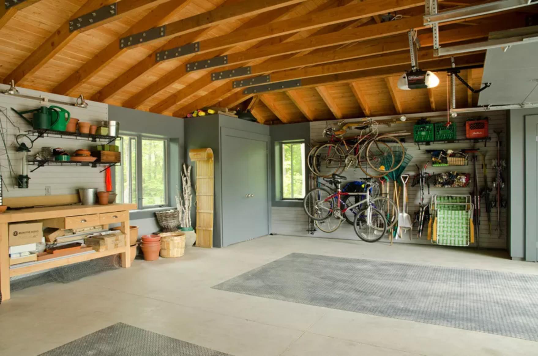 jan garage.png